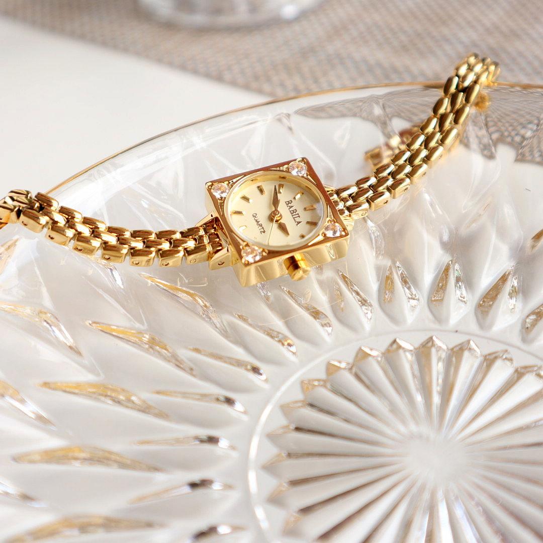 Women's Watch Ins Light Luxury Diamond Retro Style Pop Small Square Sugar Watch Waterproof Small Square  Women Gold Watches enlarge