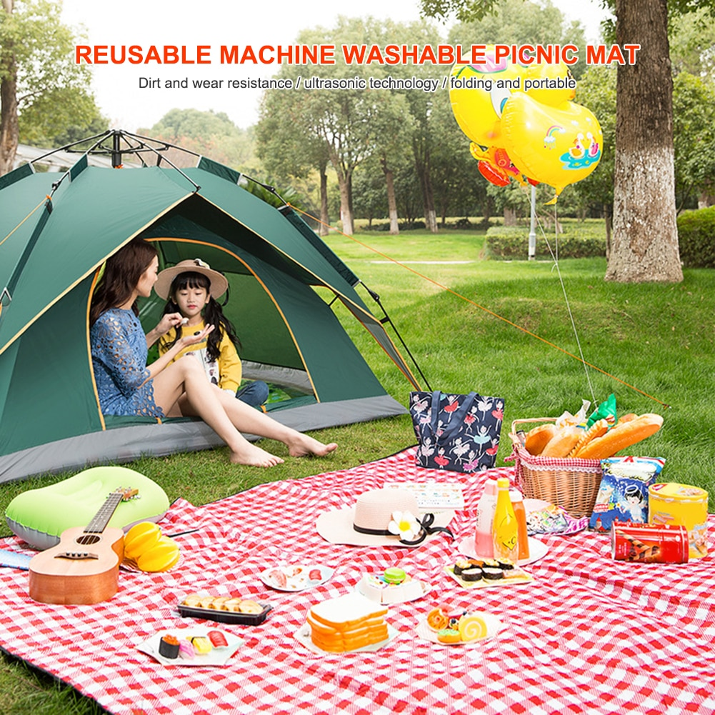 Red White Plaid Outdoor Foldable Waterproof Picnic Mat Fashion Thicken Pad Breathable Soft Portable Camping Travel Beach Blanket