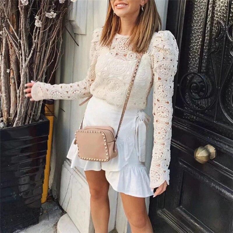 Femmes dames européenne Crochet évider dentelle chemisier à fleurs chemise à manches longues O cou plage mince pulls automne été Blusas