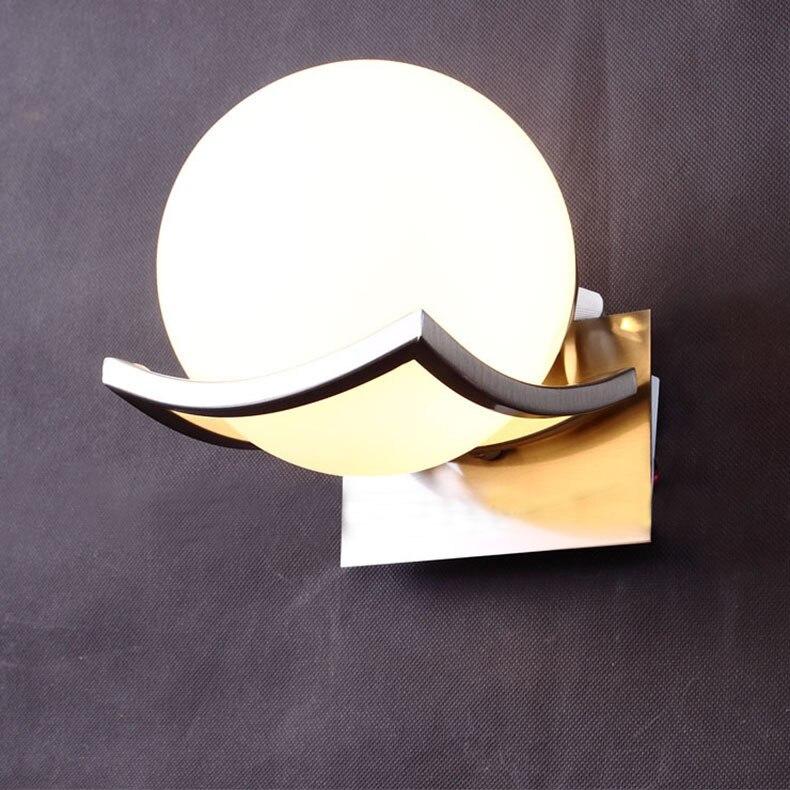 Lámpara de pared moderna 2018, Base de Metal, bola circular de vidrio mate, luz blanca cálida para pasillo, luminaria de dormitorio de Hotel