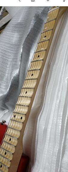 مصنع مخصص جديد صدفي الأصابع ، كبير الرأس الغيتار الرقبة القيقب الأصابع 67