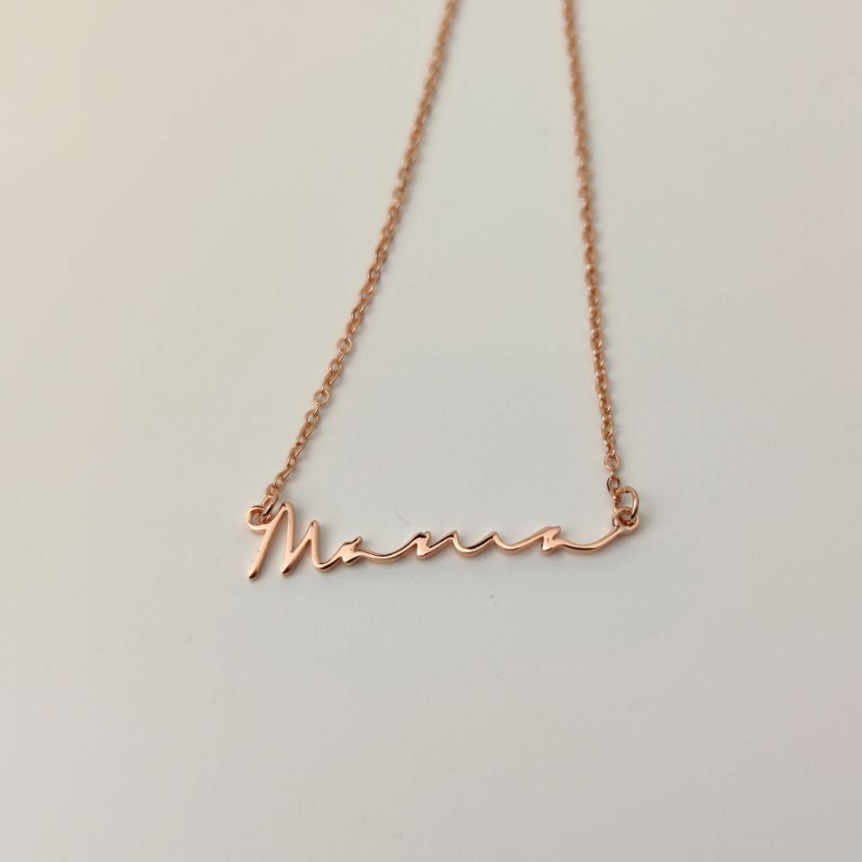 Персонализированное ожерелье с именем шрифта, модное ожерелье с кулоном для девушек, ювелирные изделия для девушек