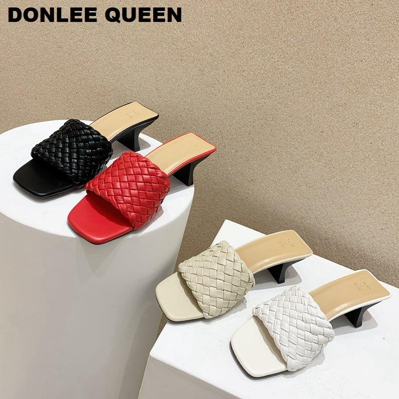 Sandalias chancletas para mujeres 2020 de marca de tejido, tacones medios sandalias con pasador casuales para exteriores, chanclas de mujer