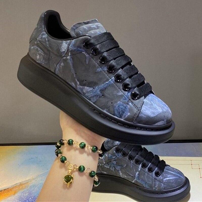 На резиновой подошве в повседневном стиле; Женские разноцветные платформы обувь шнуровка взлетно-посадочной полосы Женская Роскошная Брендовая обувь высокого качества; Туфли на плоской подошве; Женская обувь на шнуровке