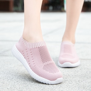 2021 Summer Women's Lightweight Sports Socks Shoes Knitted Breathable Women's Sports Shoes Soft Couple Walking Shoes 36-43