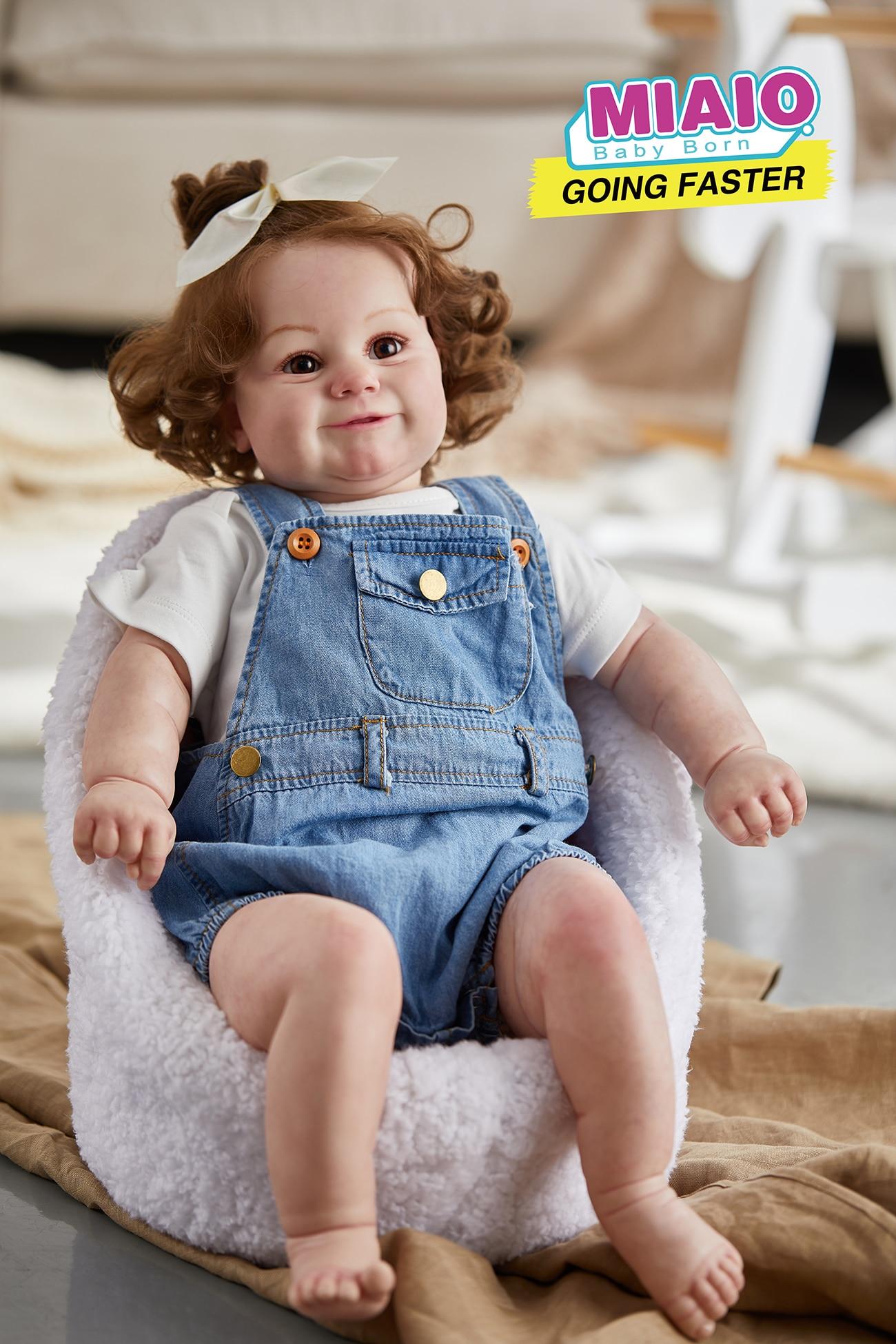 60 سنتيمتر حجم كبير مادي طفل تولد من جديد طفل فتاة شعبية دمية مع الشعر البني الجذور لينة عناق الجسم دمية عالية الجودة