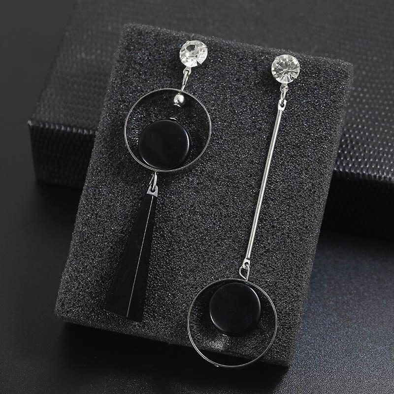 Assimétrico brincos de strass, brincos com círculo de borla longa para mulheres, pingente acrílico preto, joias de presente agradável