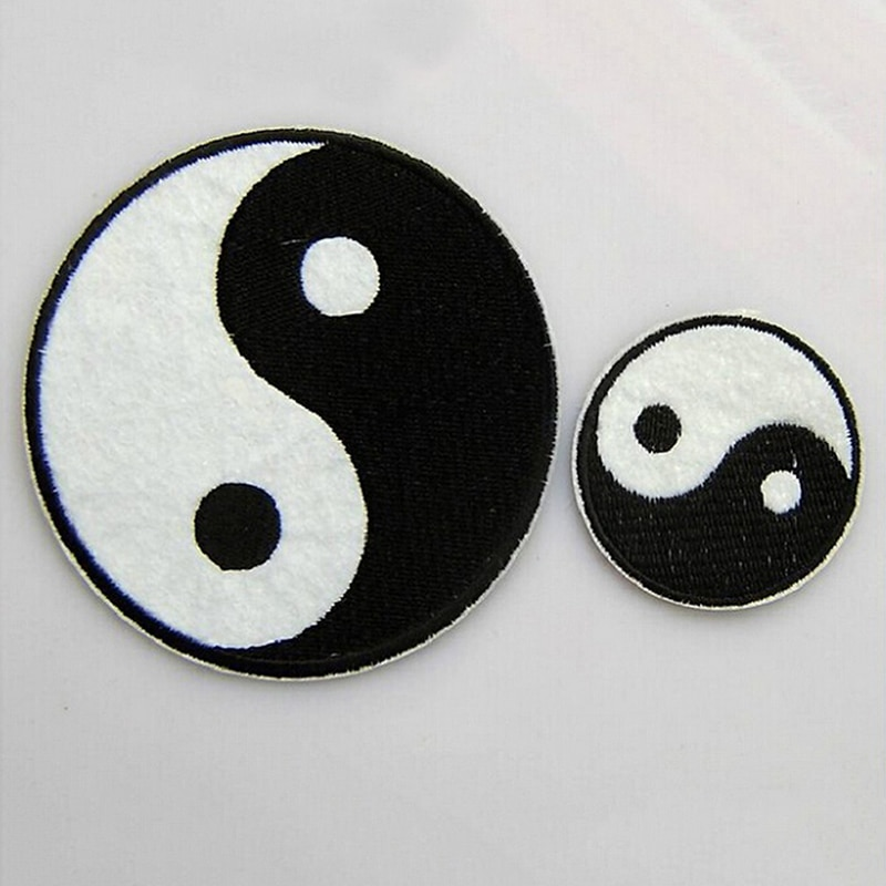 1 pieza Tai taoísmo chino símbolo apliques Ying Yang parche clásico Feng Shui Yin Yang hierro sobre parche apliques de ropa bordados