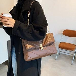 NEW Chain PU Leather Crossbody Bags for Women 2020 Branded Trending Quilted Designer Handbags Trend Luxury Lock Hand Bag