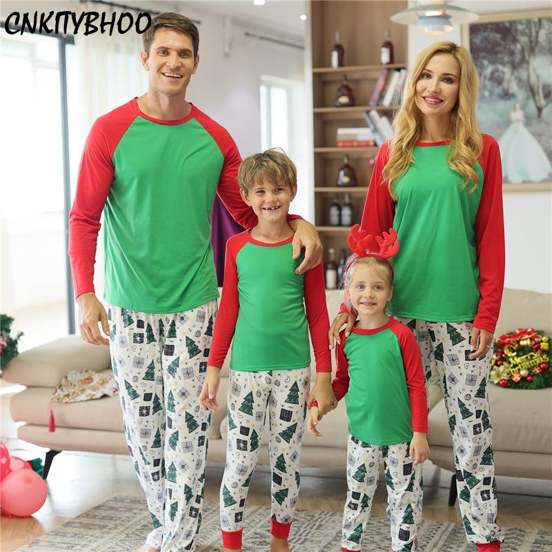 Christmas Family Pajamas Patchwork Print Matching Sleepwear Christmas Set Dad Mom Kids Clothes Famil