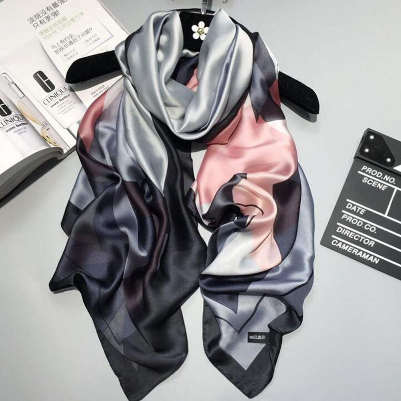 2020 luxury brand Women Silk scarf Beach Shawl and Echarpe summer Wrap Designer scarves Plus Size female beach stoles bandana