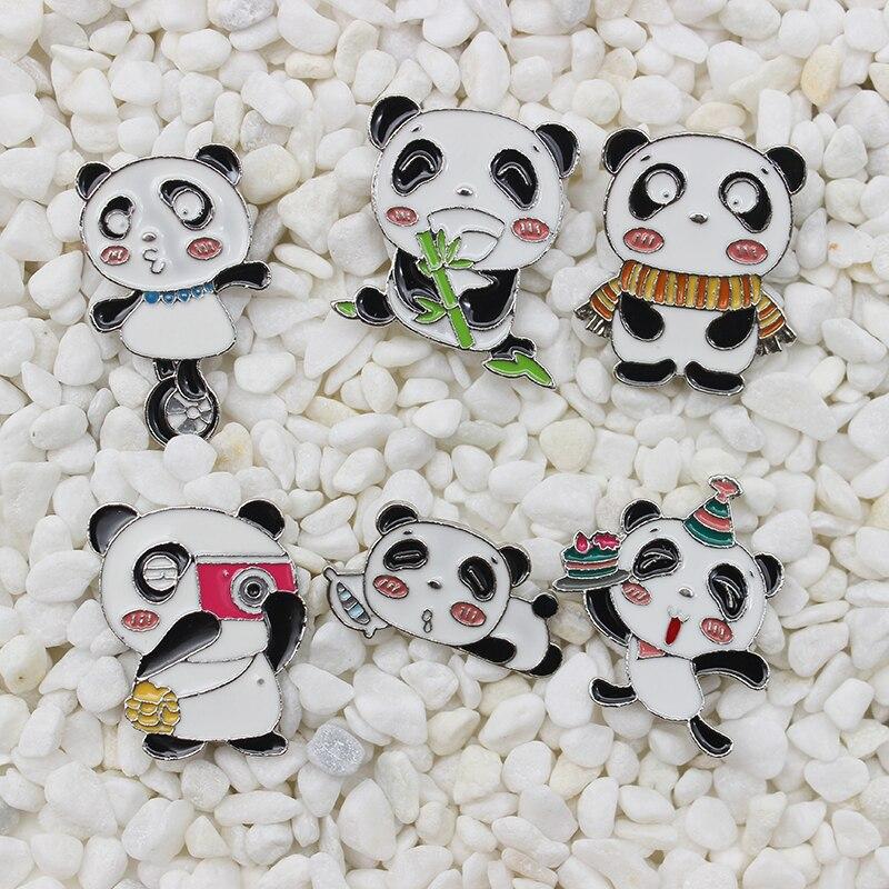 Lindo panda animal esmalte broche Cámara bufanda torta divertido panda durmiendo fiesta de cumpleaños insignia punk solapa pin señoras sombrero Decoración