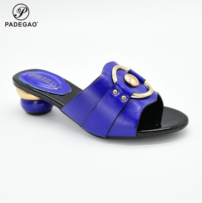 Último diseño de 2020, zapatos italianos de diseño caliente con punta de piel de cristal, fiesta Real Africana en Color azul