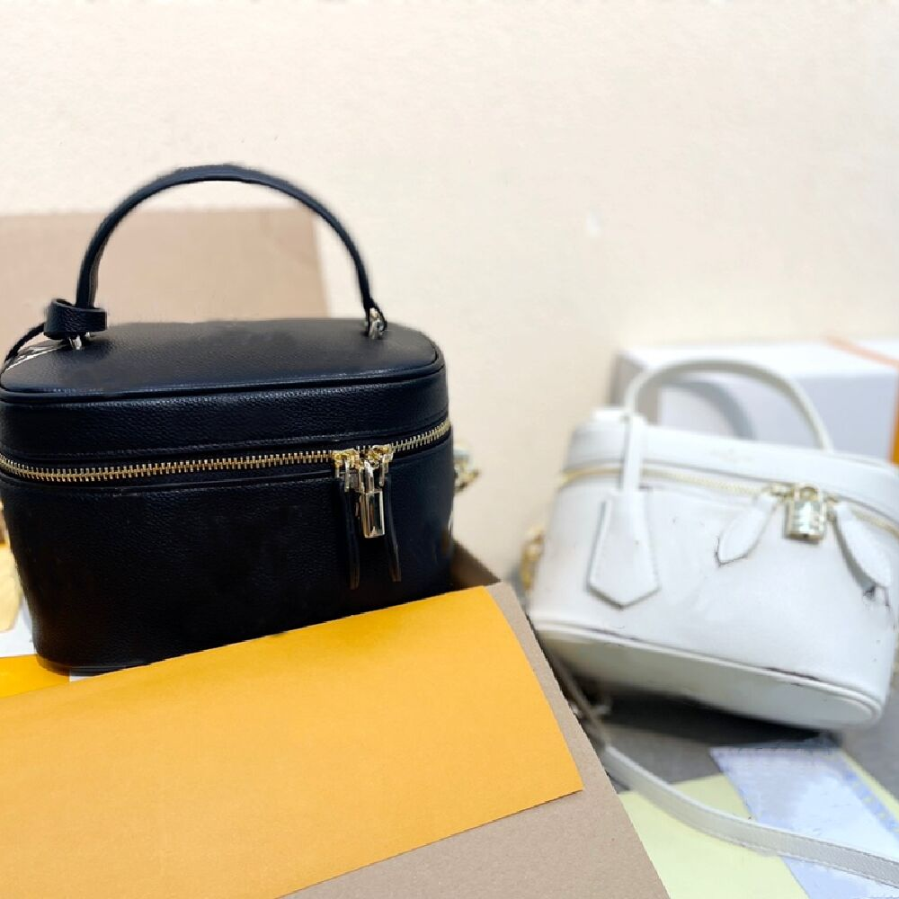 Cosmetic bag ladies cosmetic bag fashion handbag messenger bag ladies shoulder bag chain bag portable storage bag small box bag