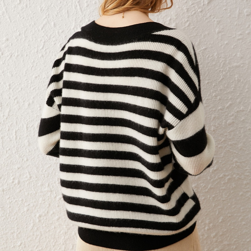 SHUCHAN Striped SWEATER WOMEN  V-Neck 30% Cashmere 70% Wool Loose Womens Knit Pullover Autumn Pullovers Black and White enlarge
