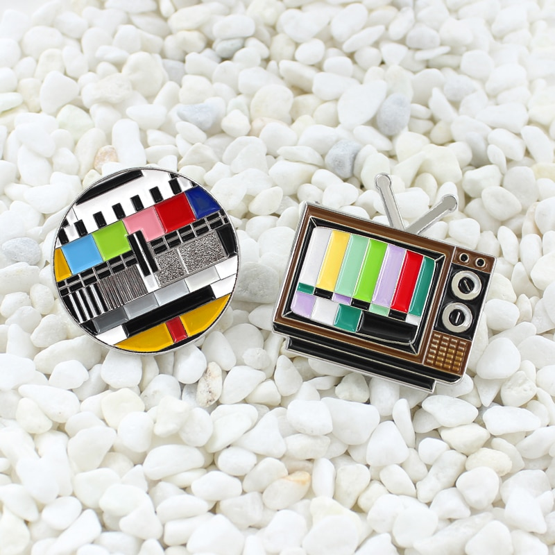 90s retro negro y blanco tv personalizado broche para solapa sin botón de señal interruptor antena color pantalla falla tv insignia mochila joyería