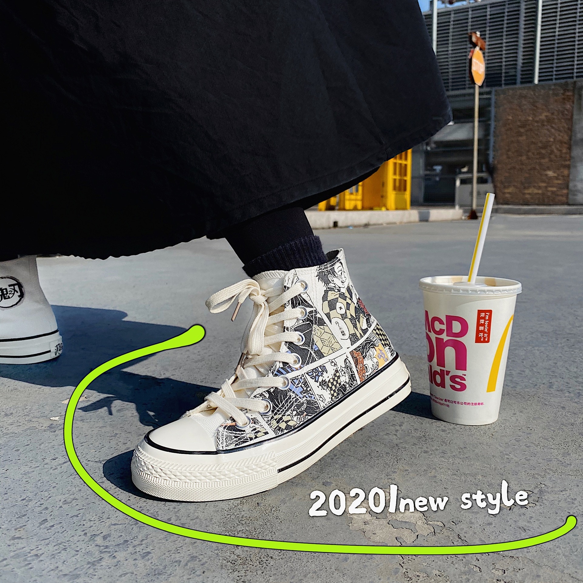 أنيمي شيطان القاتل أحذية بيضاء من القماش الكتاني أحذية رياضية كاجوال طالب عالية أعلى أحذية رياضية صبي فتاة امرأة أحذية رجالي ربيع الخريف