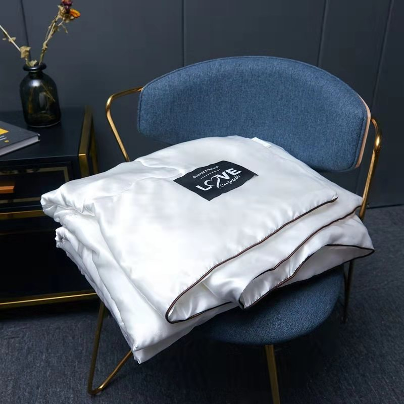 الصيف الجليد لحاف من الحرير قابل للغسل شعور رائع عارية النوم تكييف الهواء رقيقة حاف الأطفال الملكة بطانية