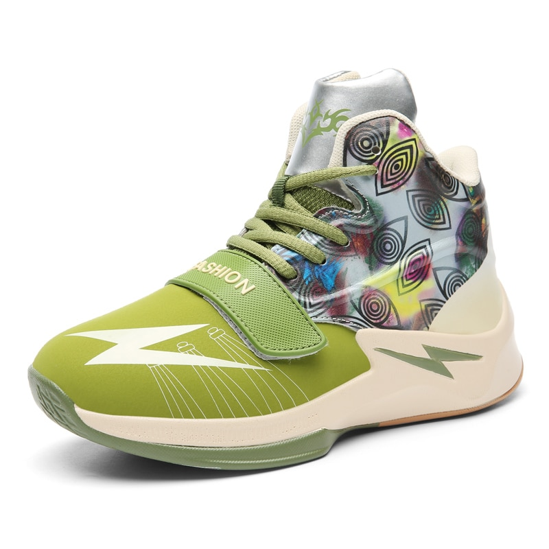 Четыре цвета новой детской баскетбольной обуви и молодежной боевой обуви