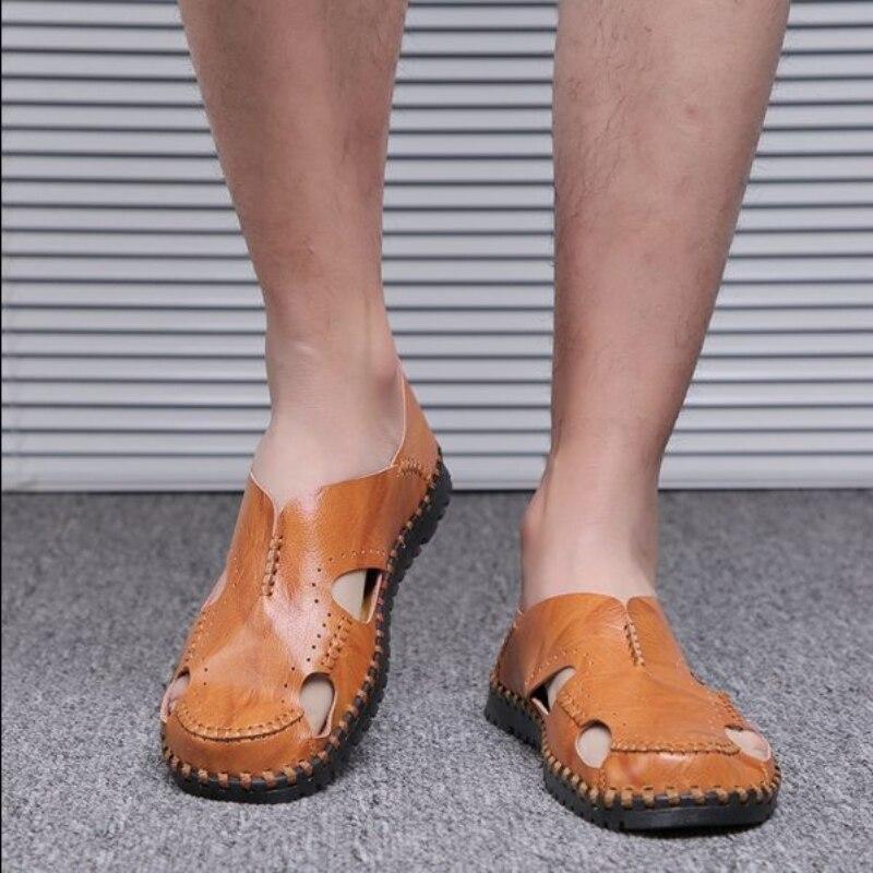 الصيف الصنادل الرجال Trend2021 موضة جديدة واحدة القدم مجموعة الأحذية حفرة القدم أحذية الشاطئ جميع أنواع جوفاء PULeather كول النعال 3KC281