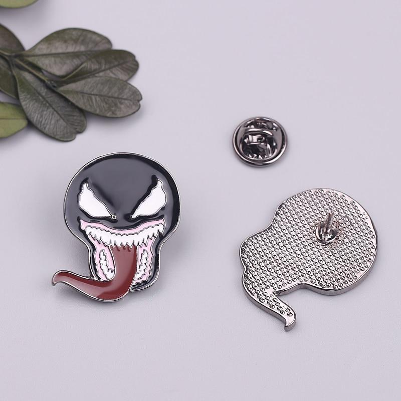 Horror Sci Fi Movie Avengers Superhero Venom Spiderman Brooches Enamel Pins Black Symbiote mask with tongue Metal Lapel Brooch