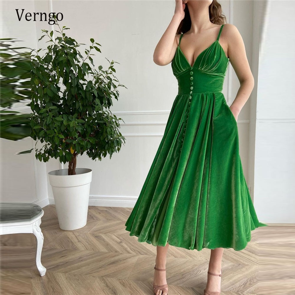 Verru-فستان حفلة مخمل أخضر ، فستان حفلة قصير بأزرار أمامية ، 2021