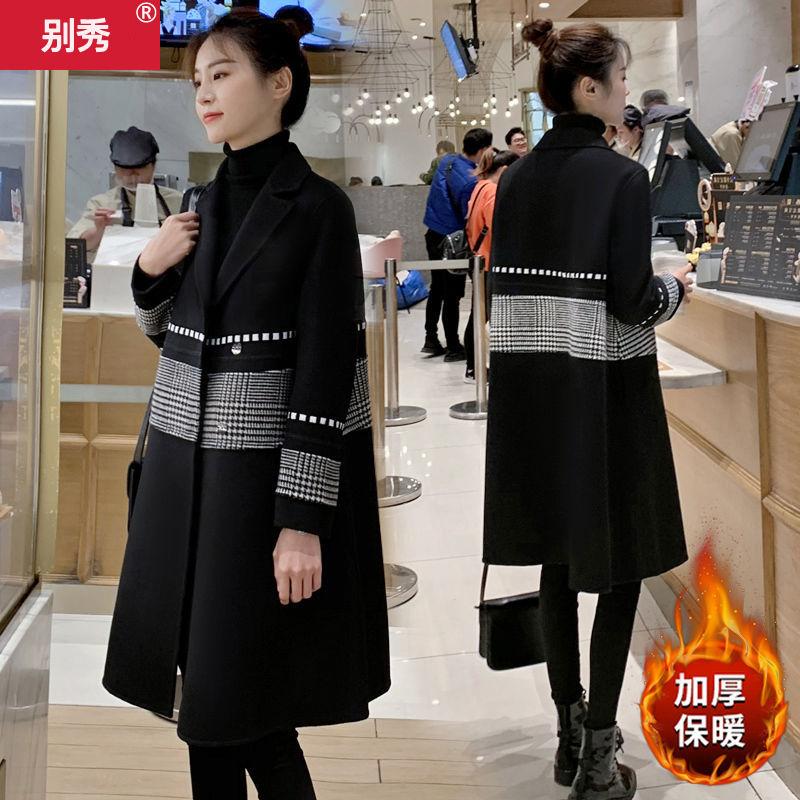 Hepburn tweed jacket women's middle long thickened autumn winter 2020 new Korean thousand bird lattice popular woolen coat
