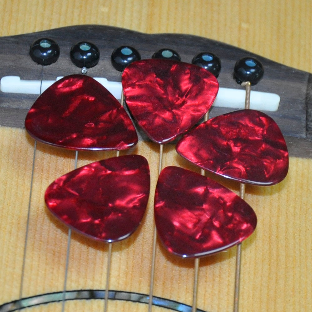 Lots of 100pcs Red Pearl Heavy 1.5mm Celluloid Guitar Picks Standard Plectra