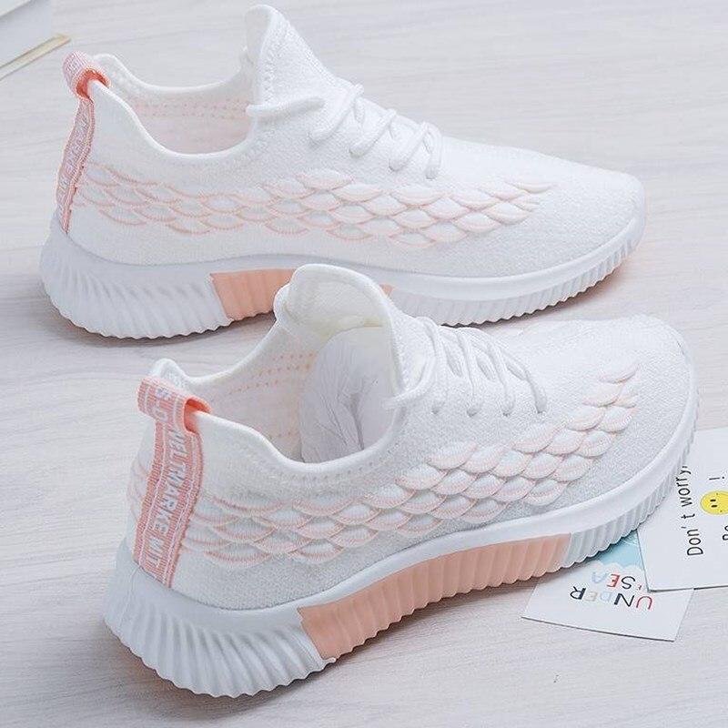 الربيع والخريف موضة جديدة أحذية نسائية رياضية و حذاء فاخر تحلق المنسوجة طالب الدانتيل يصل احذية الجري