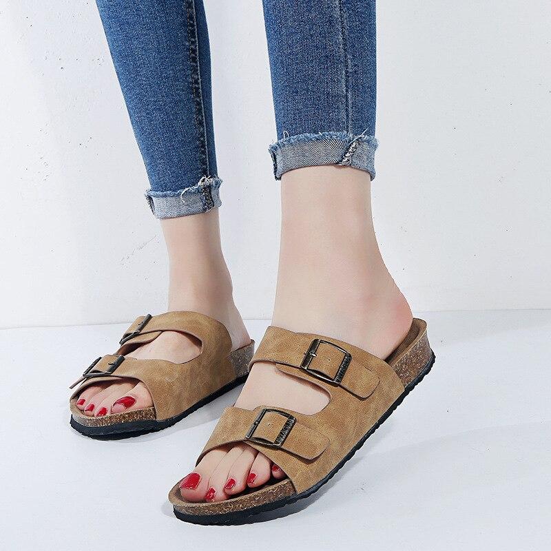 Womens Sandals 2020 New Female Retro Sandals Men Slippers Plus Size Suede Belt Buckle Couple Beach Summer Flip Flops Woman Male