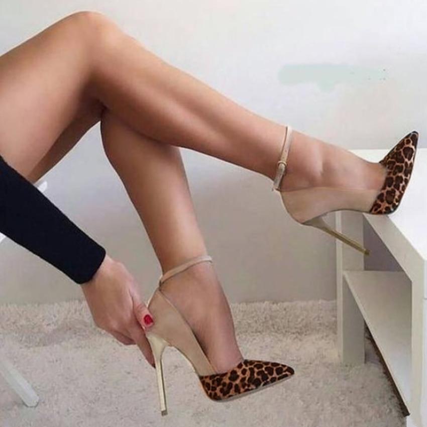 العلامة التجارية تصميم النساء الكعوب أشار تو براءات الاختراع والجلود Stiletto رقيقة كعب مضخات الكاحل حزام سوبر عالية الكعب أحذية النادي