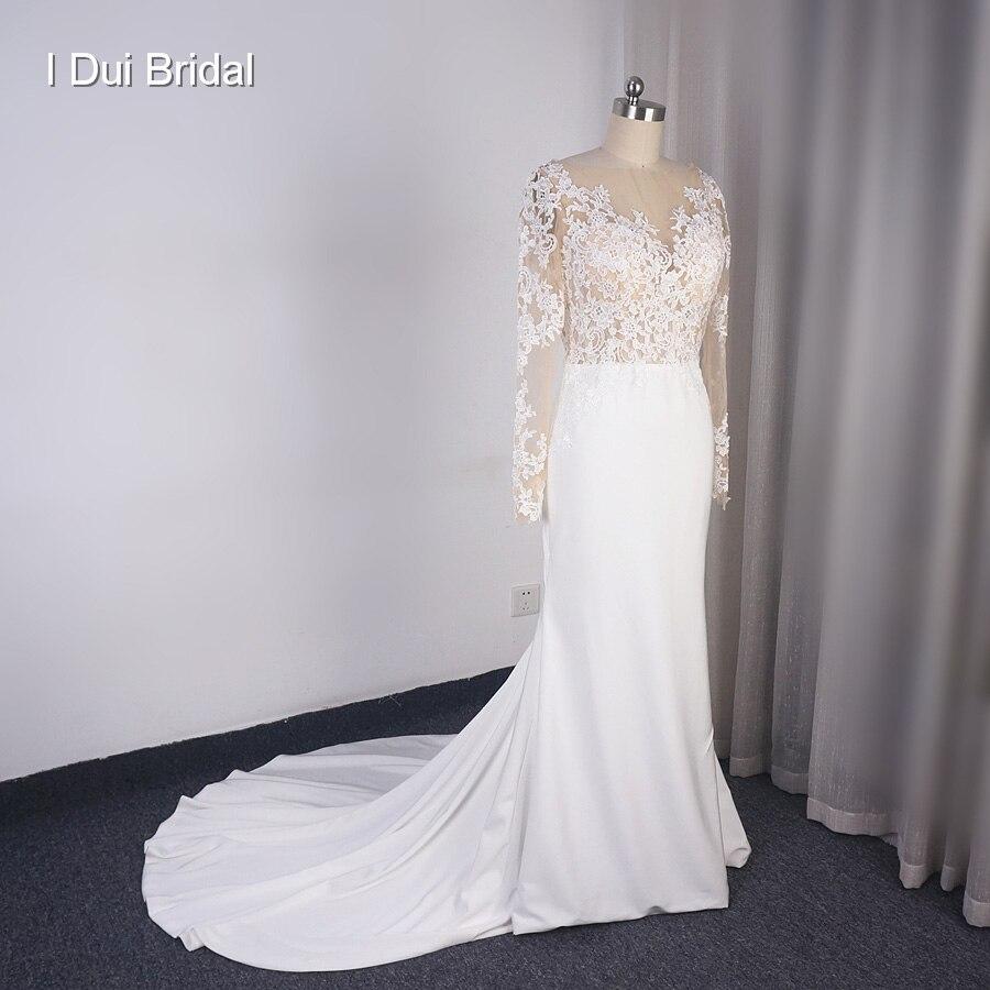 فستان زفاف, غمد بأكمام طويلة مخصص خط رقبة وهمي