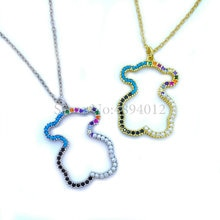 Femmes mode Zircon et collier de perles mignon ours conception pendentifs populaires deux couleurs peuvent choisir