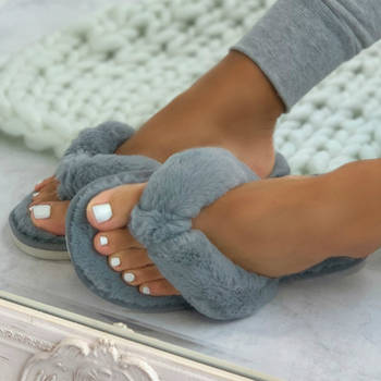 Warm Fluffy Slippers Women Cozy Faux Fur Cross Indoor Floor Slides Flat Soft Furry Shoes Ladies Female Celebrities Flip Flops