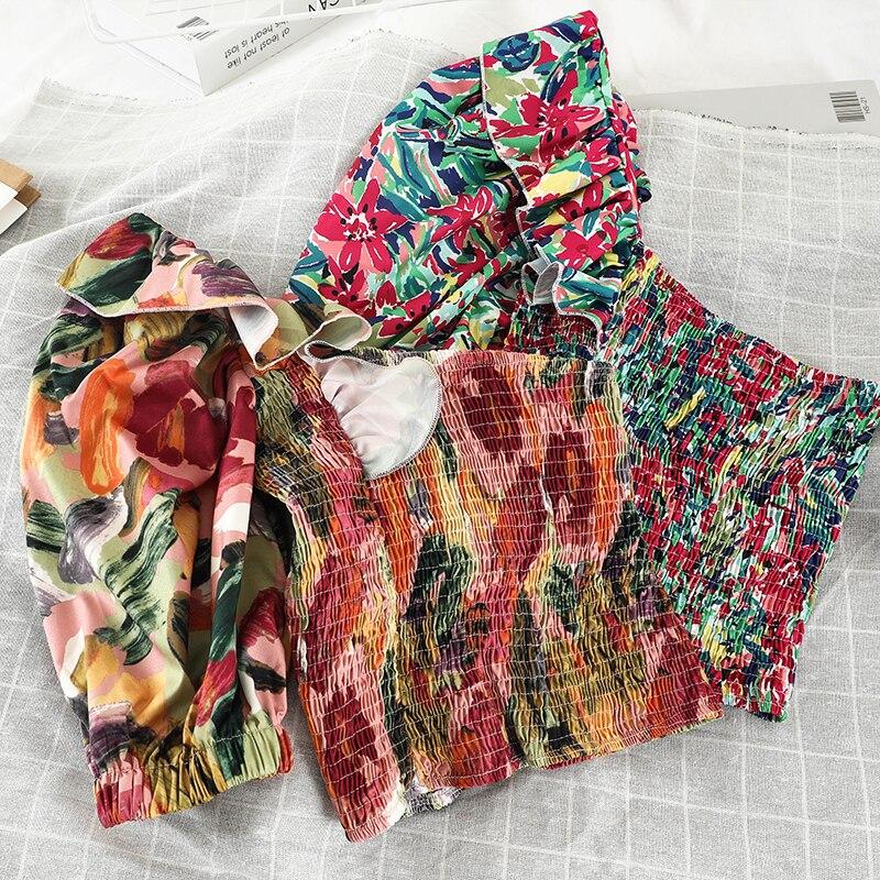 Blusas de mujer con estampado de estilo corto camisa de manga corta con cuello inclinado camisas florales para mujer Casual Chic Puff manga playa camisetas