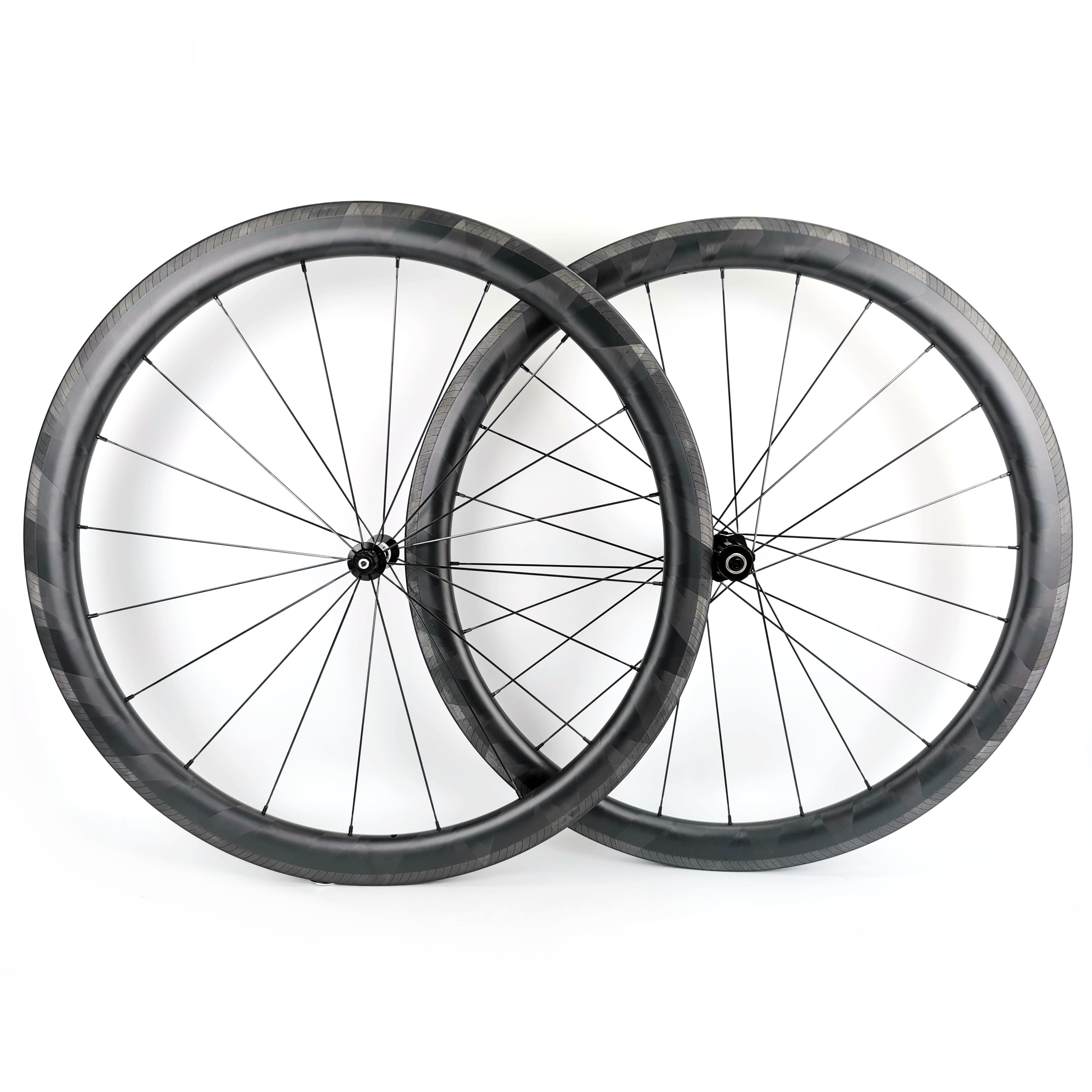 Ruedas de carbono versión ligera 45mm de profundidad 26mm de ancho clincher/bicicleta de carretera Tubular ruedas de carbono con superficie de freno especial