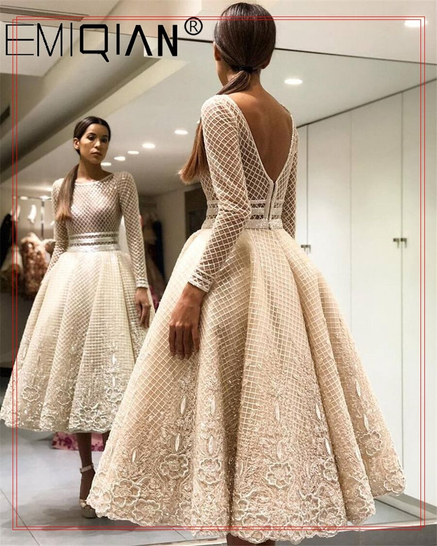 Knee Length Short Wedding Dress , Long Sleeve Lace Wedding Gown ,Backless Vestido De Noiva Vintage Bridal Gown