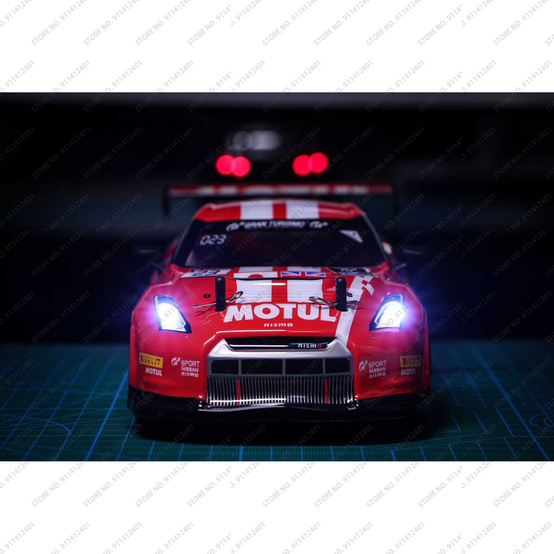 1/18 Four-wheel Drive Toy Car RC Professional Adult Drift Model Car High-speed Charging Children Remote Control  Racing Car enlarge