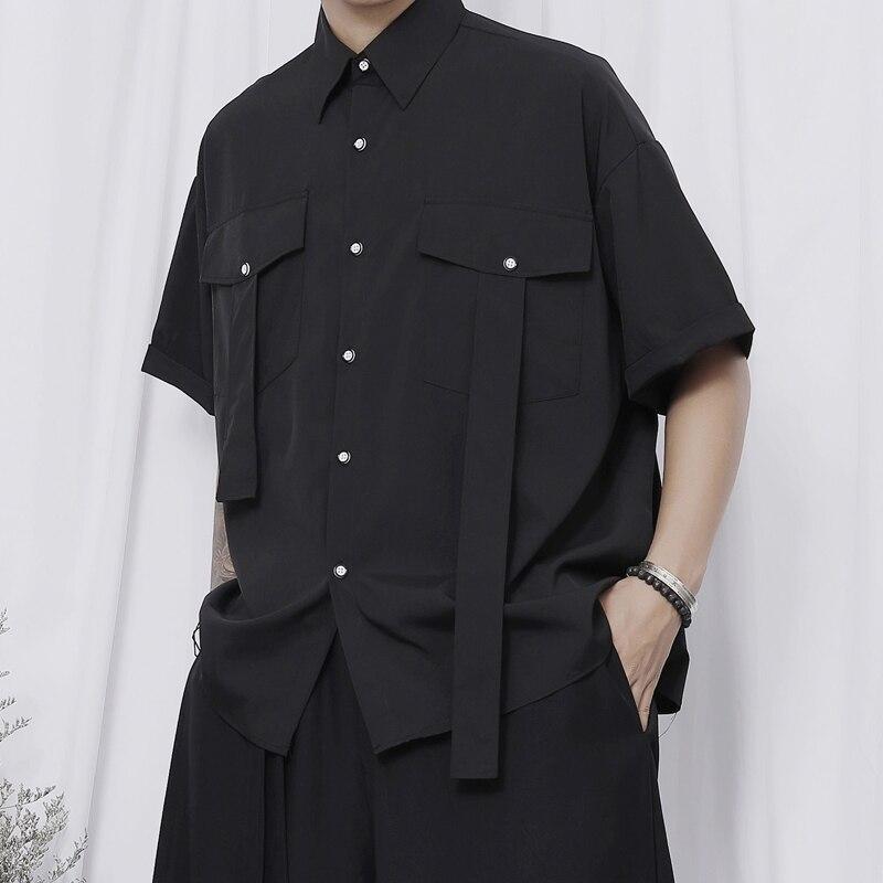 قميص رجالي جديد ياماموتو ياماموتو نمط المتخصصة تصميم موضة قميص فضفاض أسود داكن مصمم قصيرة الأكمام قميص غير رسمي