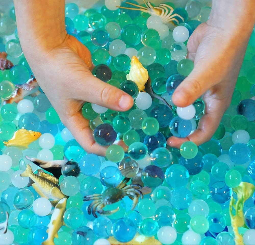 Water Beads with 16 Sea Animals Toy Sensory for Kids 3+ Explorers Tactile Kit Animal Creatures Home Decor
