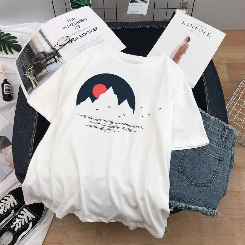 Personalidad casual dibujos animados estampado pintado a mano bosque estilo Harajuku pequeña moda salvaje suelto verano nueva camiseta de manga corta