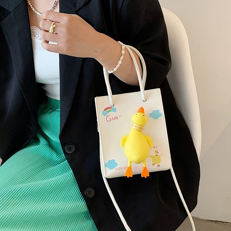 Летние сумки для женщин, новинка 2021, милая маленькая женская сумка с мультипликационным рисунком, роскошная дизайнерская модная сумка-тоут,... printio сумка с абстрактным рисунком