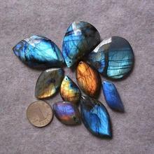 Pendentif de haute qualité, pierre Labradorite naturelle, magnifique feuille de cristal bleue
