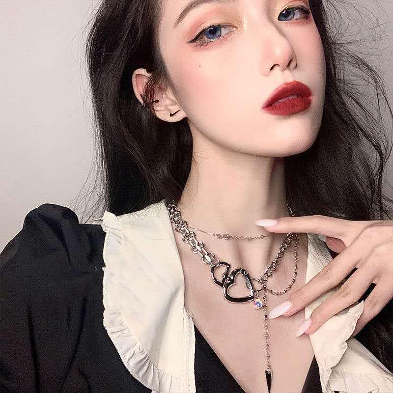 Kpop collar Vintage de oro de Metal Multi-capa de bloqueo de collar de joyería Love Vintage Corazón de melocotón abierto OT Botón de las niñas