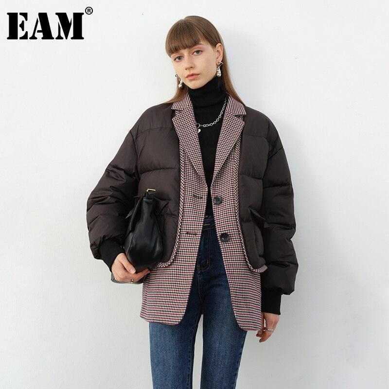 [EAM] أسود منقوشة كبيرة الحجم سميكة القطن معطف مبطّن كم طويل فضفاض صالح المرأة سترات موضة جديدة خريف شتاء 2021 1DD0142