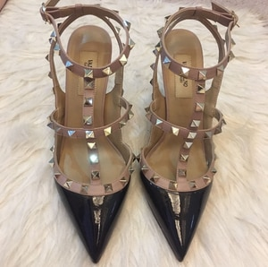 Brand  Women High Heel Nude  Sandals V 10cm Thin Heel Women Wedding Shoes Pointed Toe Rivets Sandal Real Leather +Dust Bag 34-43