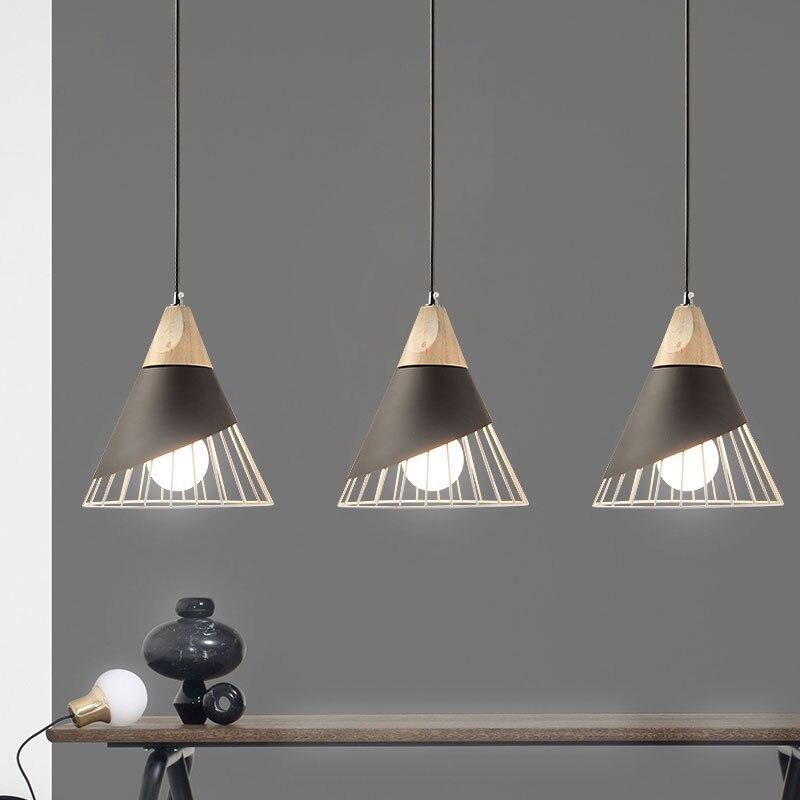 Lámpara colgante de madera auténtica de hierro moderno nórdico, lámpara colgante de barra de restaurante E27, lámpara de madera sólida Simple creativa de cafetería