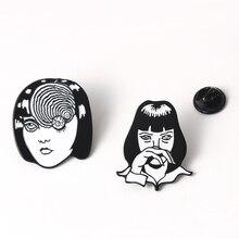 Broche de esmalte de Anime japonés terrorífico Mia Wallace tomoe, insignias de solapa con cara de cómic Junji Ito Horrow, broches para hombres y mujeres