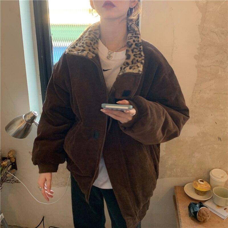 معطف نسائي جديد شتوي من الغريبة كيتي 2021 خليط من الفهد سروال قصير دافئ فضفاض غير رسمي ملابس خارجية نسائية ملابس علوية أنيقة