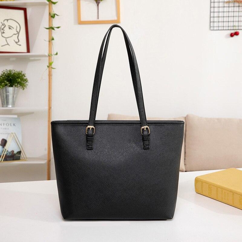 أعلى جودة تصميم بسيط حمل الحقائب للنساء الفاخرة موضة عادية حقائب اليد للنساء مصمم حقائب كتف سعة كبيرة